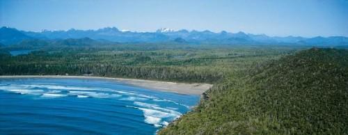 Ile de Vancouver Plage - Credit Photo Tourism British Columbia
