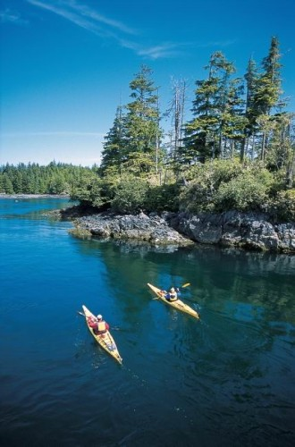 Kayak - Credit Photo Tourism BC Tom Ryan