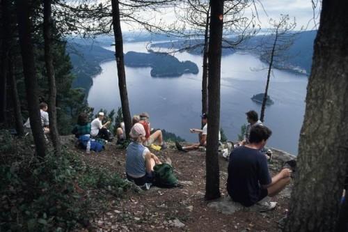 Randonnee Groupes - Credit Photo Tourism British Columbia