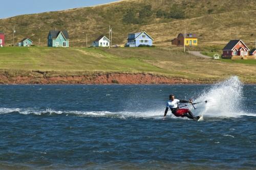 Kite surf aux Îles de la Madeleine - Crédit Photo - P.Villecourt