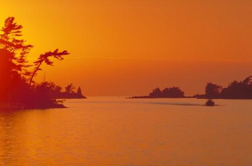 Parc Algonquin - Couche de solei - Credit Photo Ontario Tourism