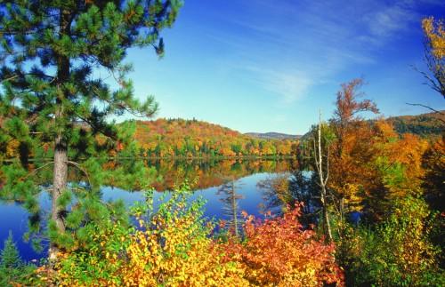 Lac Monroe, Laurentides - Crédit photo Ministère du Tourisme du Québec